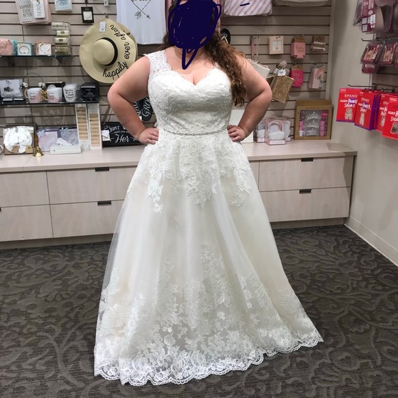 David's Bridal Plus Size Wedding Dress NWT